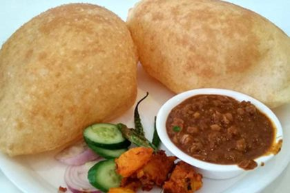 Read more about the article Chana Bhatura Recipe