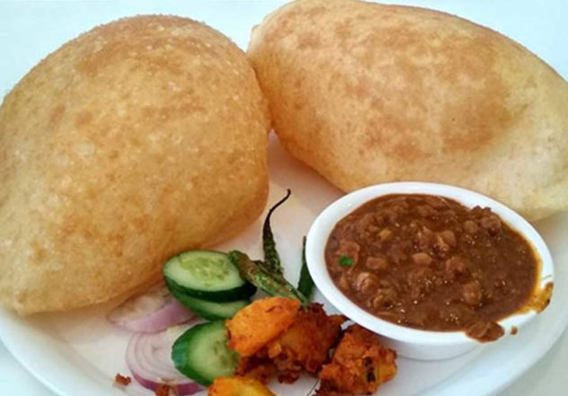 Chana Bhatura Recipe