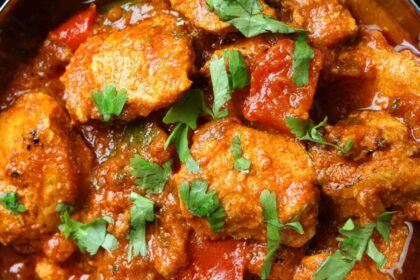 Read more about the article Bhuna | The Curry Main with Bursting Flavours