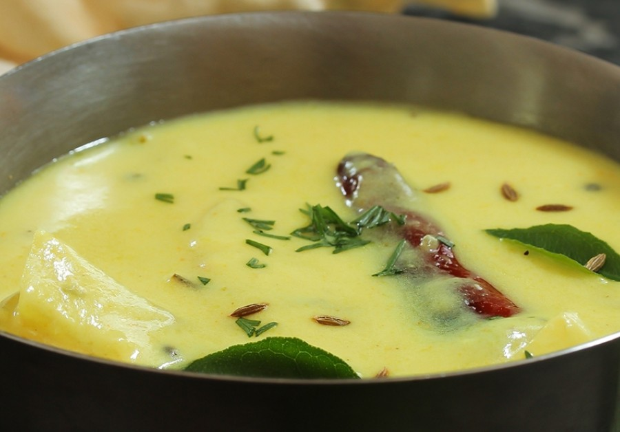 Gujarati Kadhi Recipe | Sweet and Savoury Yogurt based Side