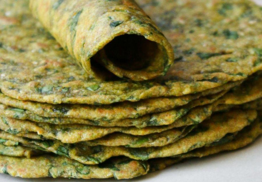Tasty Thepla Recipe   Cook Gujarati Flavoursome Flatbread